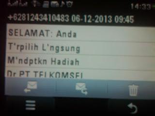 """<a href=""""http://3.bp.blogspot.com/--MlnS2m3op4/Uq2T3fbfPOI/AAAAAAAAAgo/Aoid1GNPTao/s320/Modus+Penipuan+Via+SMS+berkedok+Telkomsel+20131209.jpg""""""""penipuan"""" title=""""modus penipuan via sms berkedok telkomsel"""" imageanchor=""""1"""" style=""""margin-left: 1em; margin-right: 1em;""""><img border=""""0"""" src=""""http://3.bp.blogspot.com/--MlnS2m3op4/Uq2T3fbfPOI/AAAAAAAAAgo/Aoid1GNPTao/s320/Modus+Penipuan+Via+SMS+berkedok+Telkomsel+20131209.jpg""""title='Penipuan vis sms berkedok telkomsel'/></a>"""