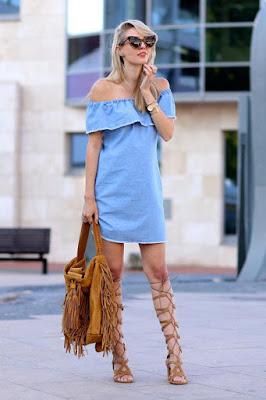 sandalia gladiadora vestido