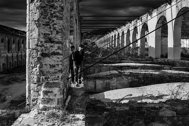 Silos Trieste migranti tetto