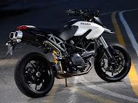 2012 Ducati Hypermotard 796 Gambar Motor 2