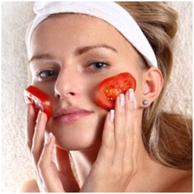 Use Tomato Juice To Clean Your Face
