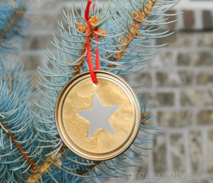 http://growcreative.blogspot.com/2014/12/silver-and-gold-juice-lid-ornaments.html