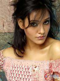 Neha sharma simple and desktop hot pics