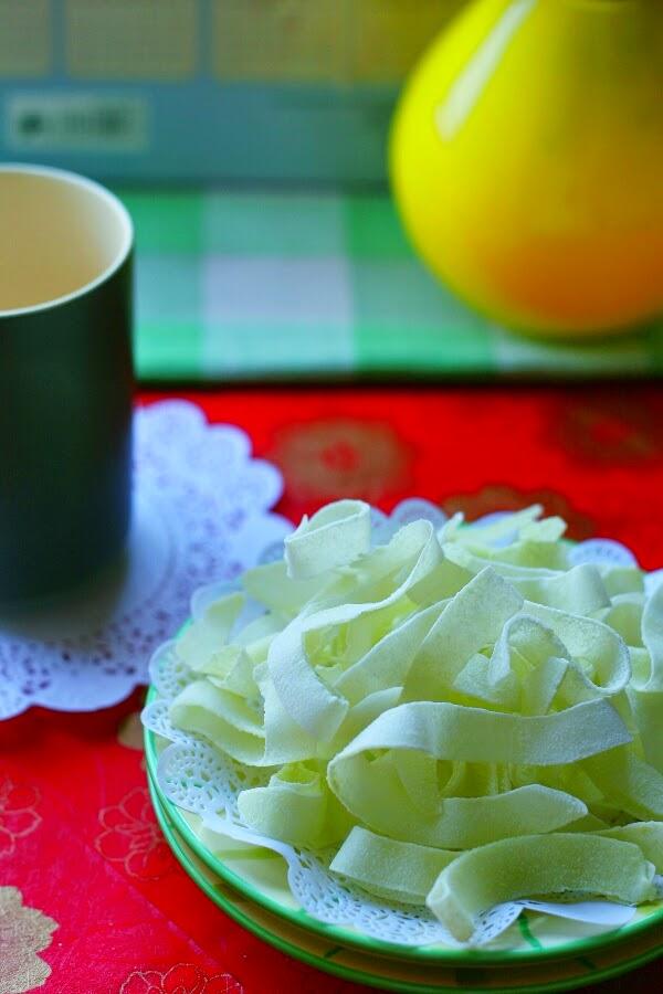 Cách làm mứt dừa lá dừa, ca cao, trà xanh 4
