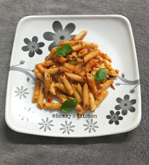Penne pasta in tomato chilly sauce