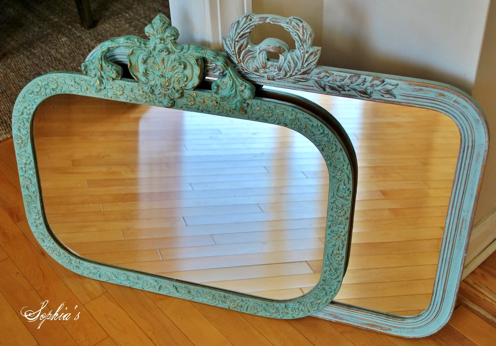 Sophia\'s: Updating Mirrors with Chalk Paint