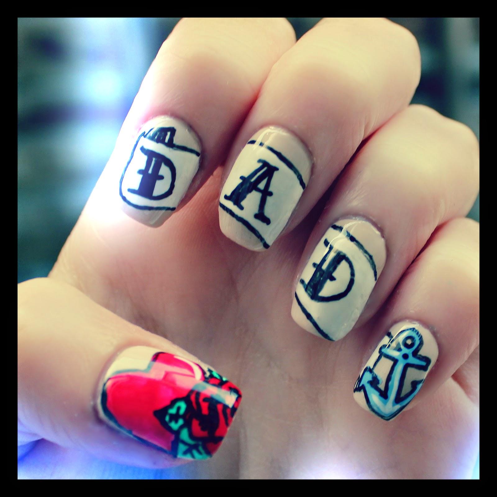 Dahlia Nails: June 2014