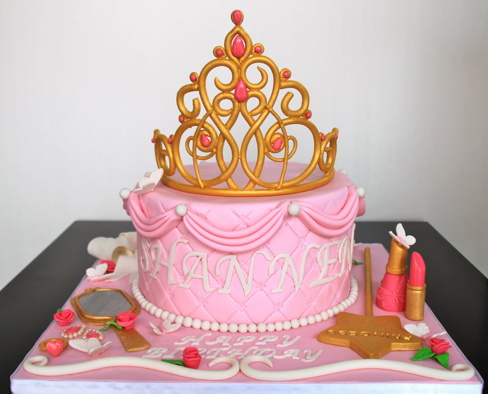Princess Crown Cake Images : Celebrate with Cake!: Princess Tiara Cake