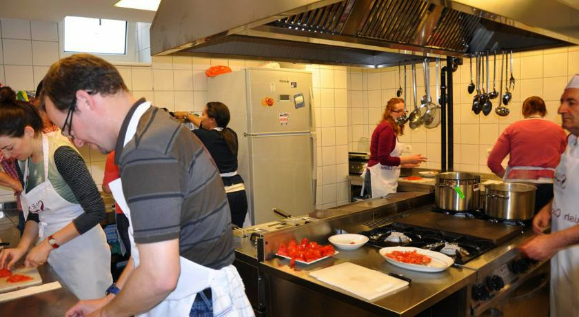 cooking class all'hotel sarnic