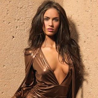 10 Model Seksi yang Popular di Instagram