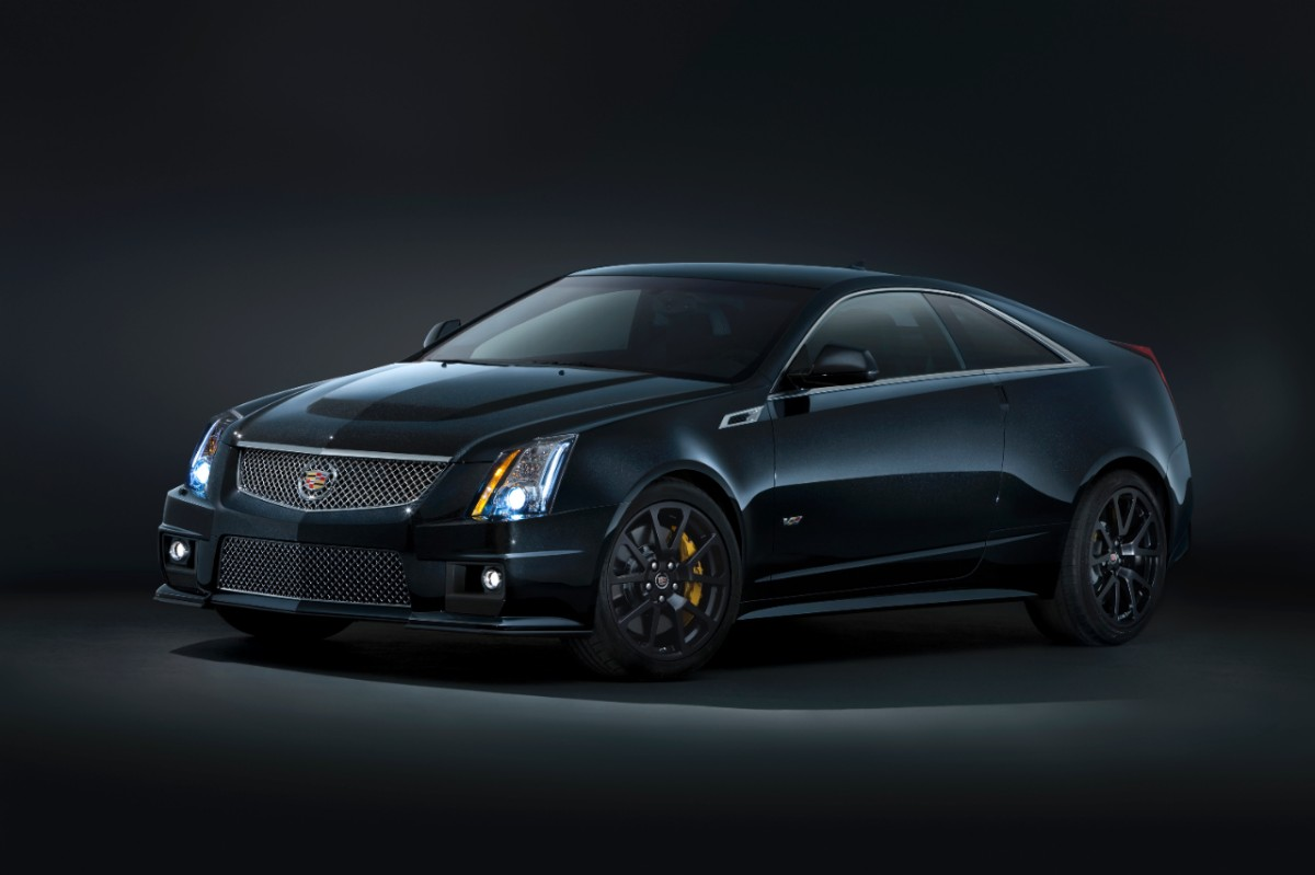 2013 cadillac cts v coupe matches stunning performance with dramatic styling automotive press. Black Bedroom Furniture Sets. Home Design Ideas