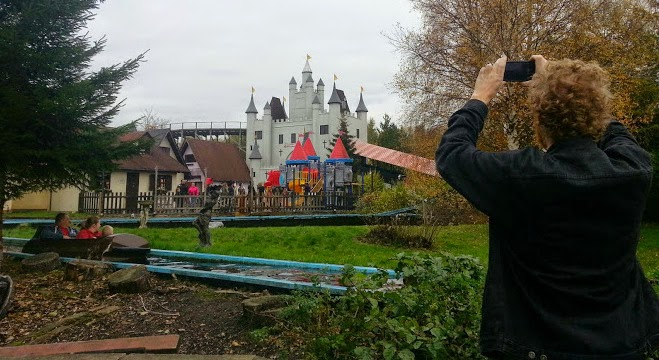 Gulliver's World Warrington Halloween Celebrations event review view of castle