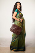 Avika Gor Glamorous photos in saree-thumbnail-3