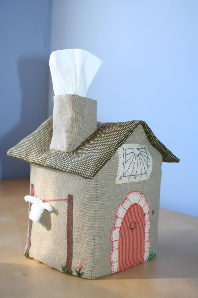Teixinteixint una casa per als mocadors de paper - Documenti per affittare una casa ...