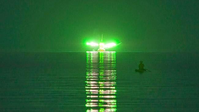 Cahaya Hijau Misterius di Lepas Pantai Thailand