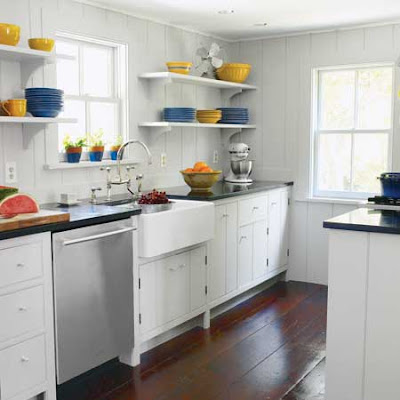 House designs galley kitchen design ideas for Galley kitchen update ideas
