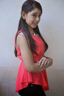 Actress Niti Taylor Latest Pictures in Pink Top and Tight Jeans 0010.jpg