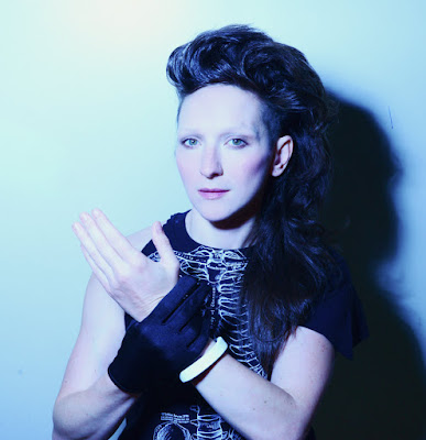 "MY BRIGHTEST DIAMOND ""Right Here With You"" (feat. Ben Arthur & DJ Big Wiz)"