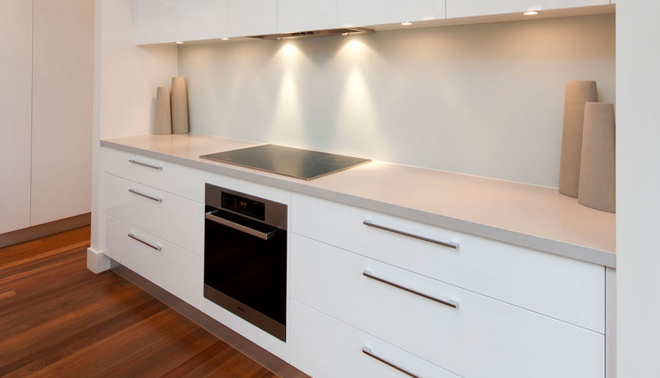 The Art Of The Kitchen Crazy About Quartz Countertops - Caesarstone blizzard countertop