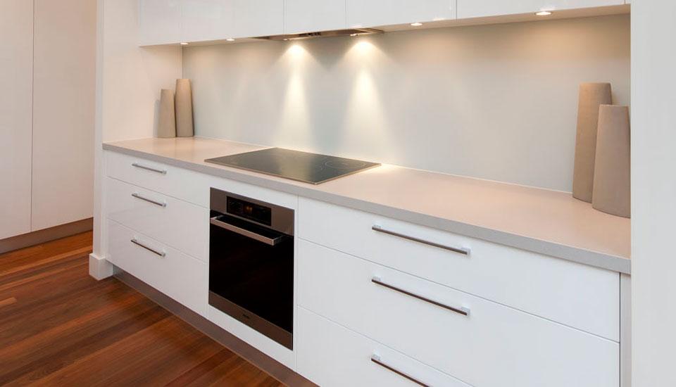 The Art Of The Kitchen Crazy About Quartz Countertops - Caesarstone blizzard countertop