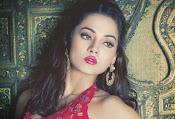 Anjalie Gupta Glamorous Portfolio-thumbnail-6