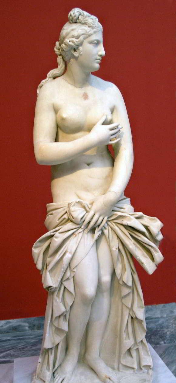 karya patung yunani kuno Aphrodite