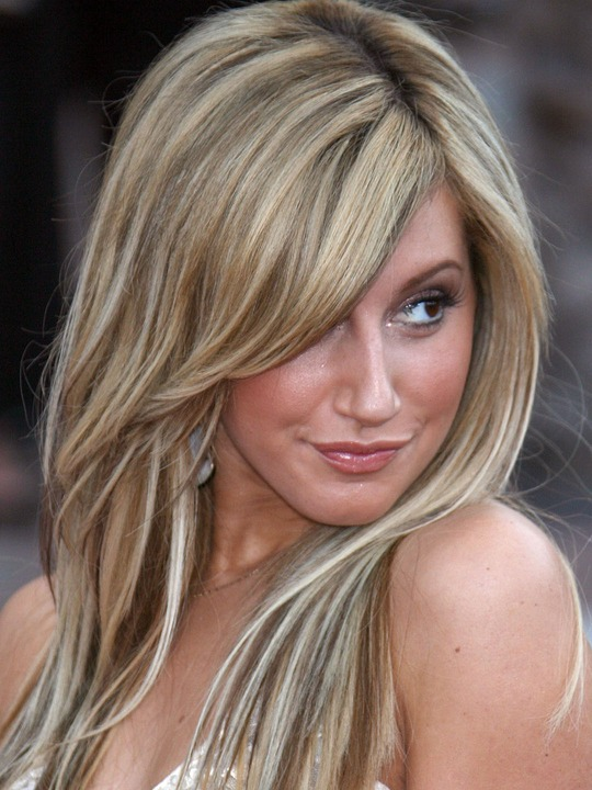 ashley tisdale hairstyles center hairstyles