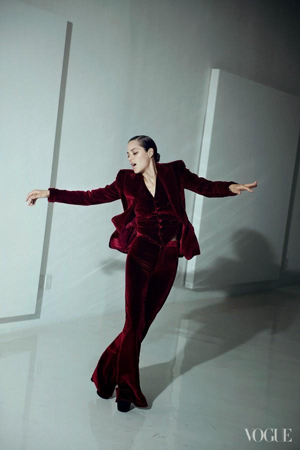 Marion Cotillard by Peter Lindbergh for Vogue US (August 2012)   Ses Rêveries