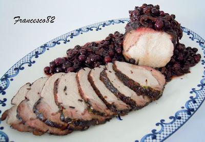 arrosto di maiale al vino rosso e mirtilli cotto a bassa temperatura.
