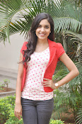 Ritu Varma Glam pics at Naa Rakumarudu Premier press meet-thumbnail-8