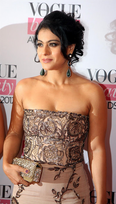 kajoltanisha mukhrjee at vouge beauty award. photo gallery