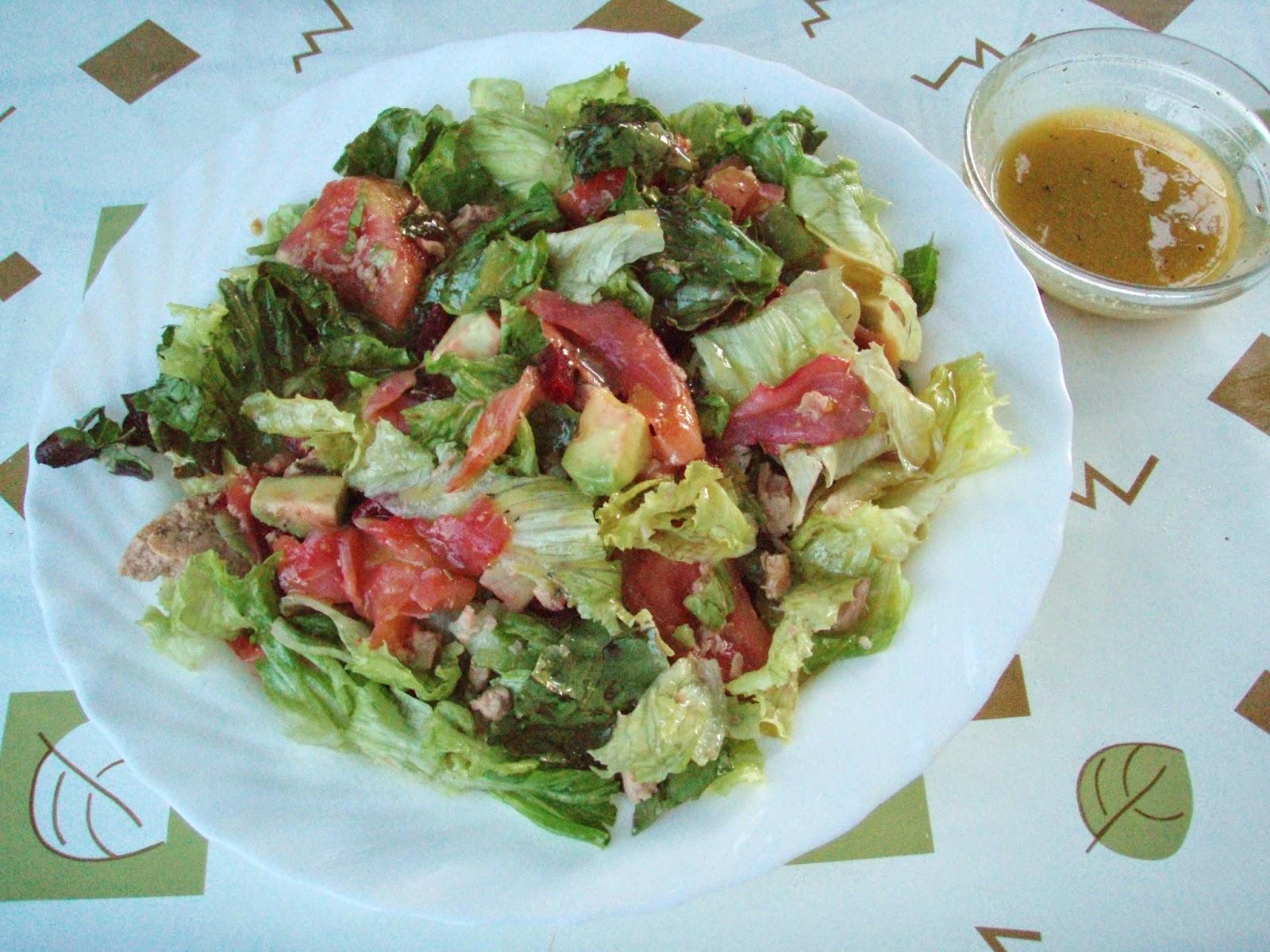 El tiempo entre cucharas ensalada de salm n y aguacate con ali o de mostaza y miel - Ensalada con salmon y aguacate ...