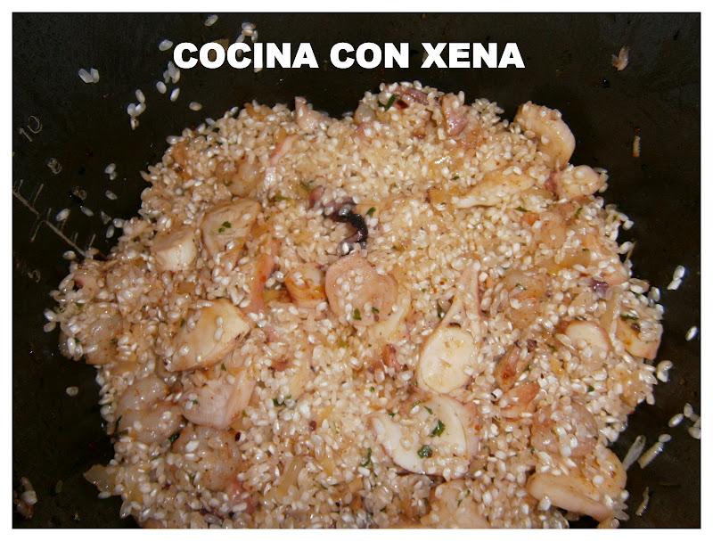 Cocina con xena arroz con pulpo gambitas y gambones en for Cocina con xena olla gm d