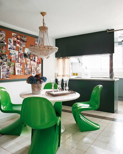 The design pages kelly green strong sassy colour for Kelly green decor