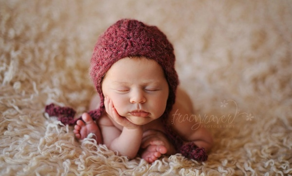 Sweetly dreams newborns