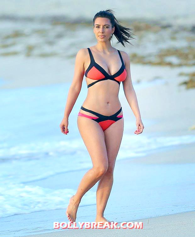 Kim Kardashian Miami Beach bikini Pic - (6) - Kim Kardashian Miami Beach bikini Pics - August 2012