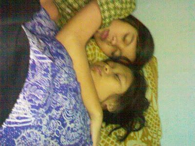 Foto ABG SMU Lagi Pada Tidur pada Ngangkang