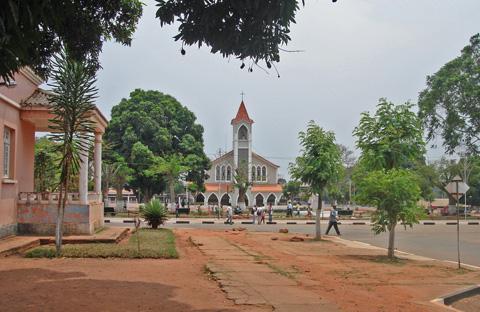 Angola: MOVIMENTO DAS LUNDAS REJEITA ELEIÇÕES