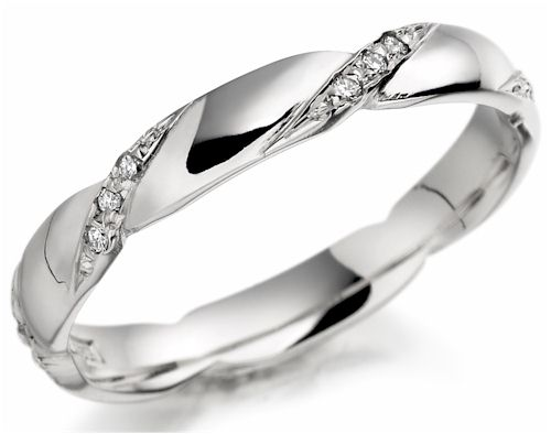 Diamond Wedding Ring Is No Longer Just For Women Many Nurses Now Choose A The Bride To Adapt