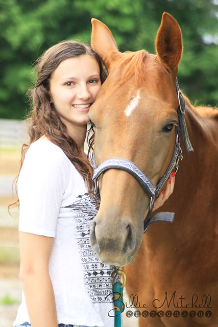 Hendersonville Senior Pictures with Horse