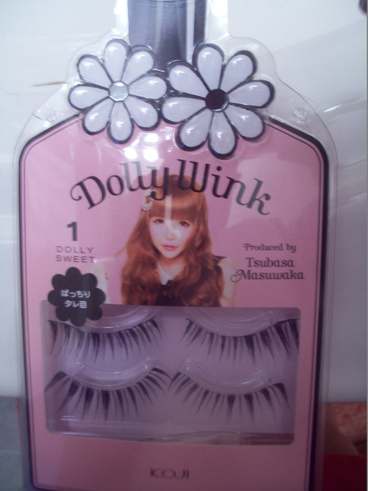 Hiding My Love Two False Lashes Review Dolly Wink No 1 Dolly