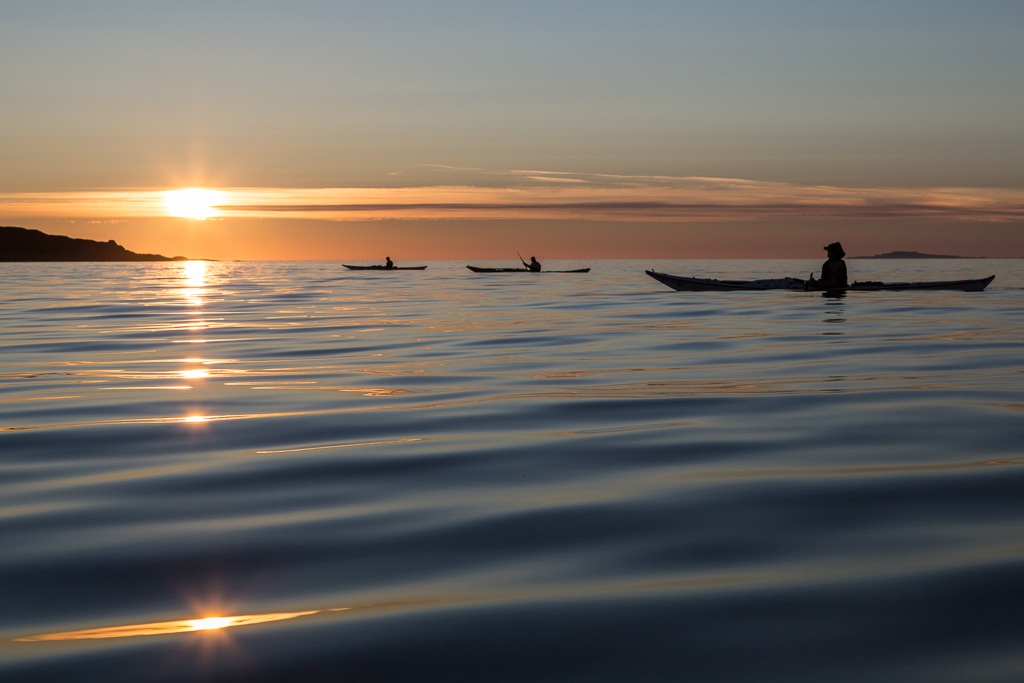 Sea Kayaking To The Sun HD desktop wallpaper  Widescreen