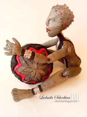 текстильная шарнирная кукла Рика