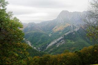 Vista del Tiatordos desde el camino