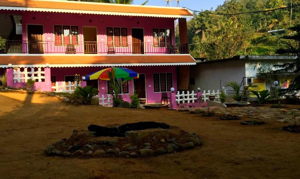 where is ganga holiday home munnar, contact details of ganga holiday home munnar