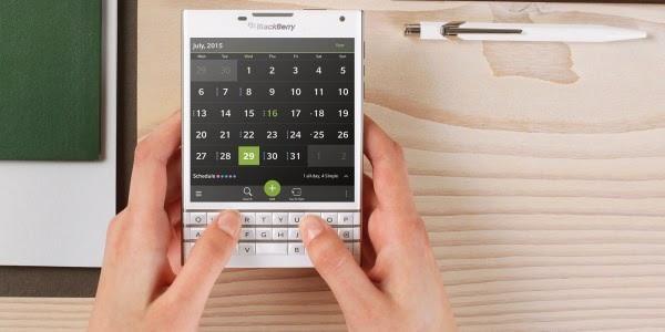 BlackBerry Passport Warna Putih Sudah Bisa Dipesan