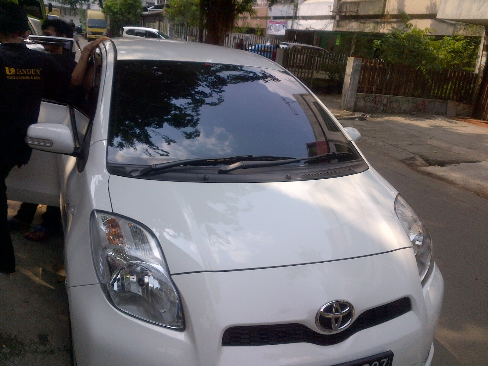 TOYOTA YARIS WITH CRYSTALLINE 40-3.bp.blogspot.com