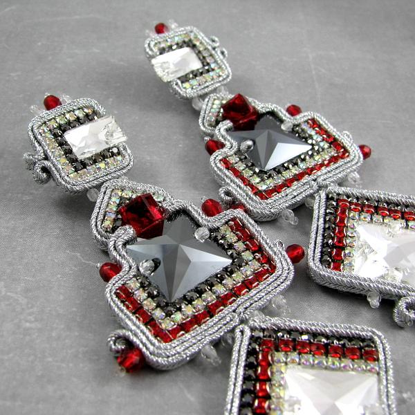 Kolczyki sutasz z kryształami Swarovski