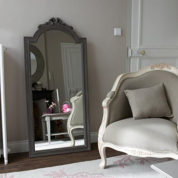 Miroirs magnifiques pour votre chambre coucher d cor for Miroir pour chambre