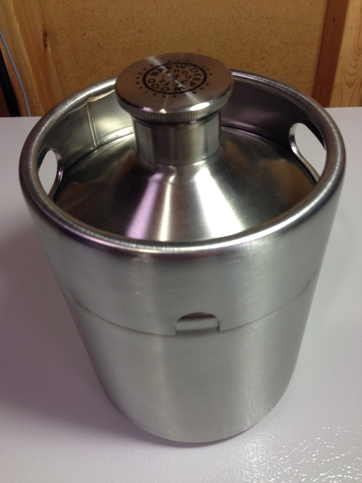 First Looks Stainless Mini Keg Growler Homebrew Finds